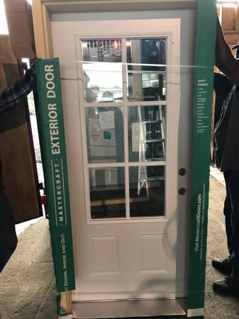 Photo New 36x80 white steel exterior door, 6 Lites - $225 (Southfield)