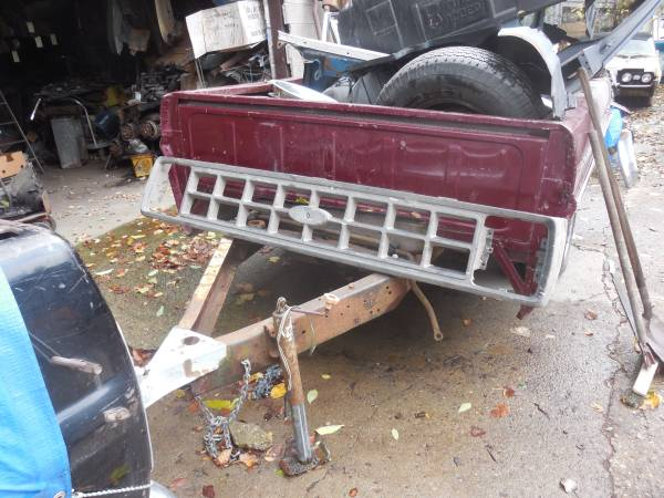 Photo New Ford truck grill Brazilian built F-1000 - $25 (Detroit N. W.)