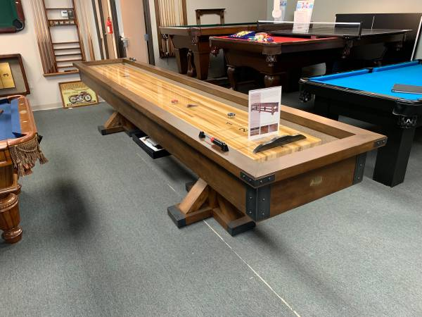 Photo POOL TABLE  SHUFFLEBOARD TABLES ON SALE RIGHT NOW (32429 INDUSTRIAL DR)