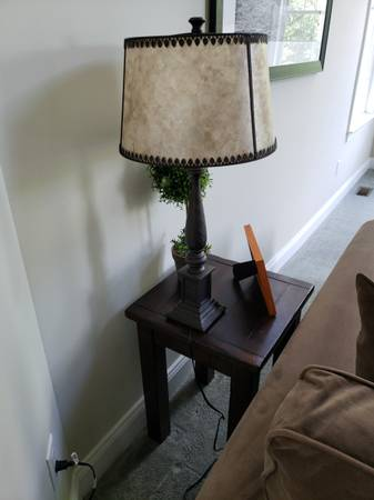 Photo Pottery Barn Ellis Table L w Shade - $100 (Plymouth)