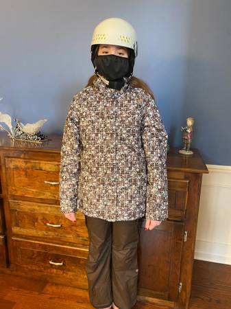 Photo Ski or Snowboard Set - Orage brand jacket and snow pants - really nice - $69 (Clarkston)