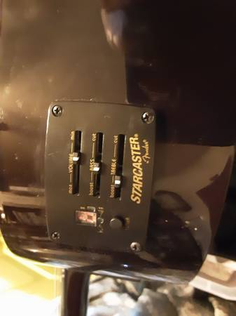 Photo Starcaster by Fender acoustic salvage parts - $10 (Rockwood)