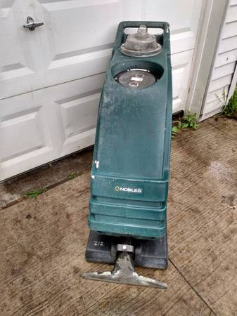 Photo USA made carpet cleanershooer - $200 (Taylor)