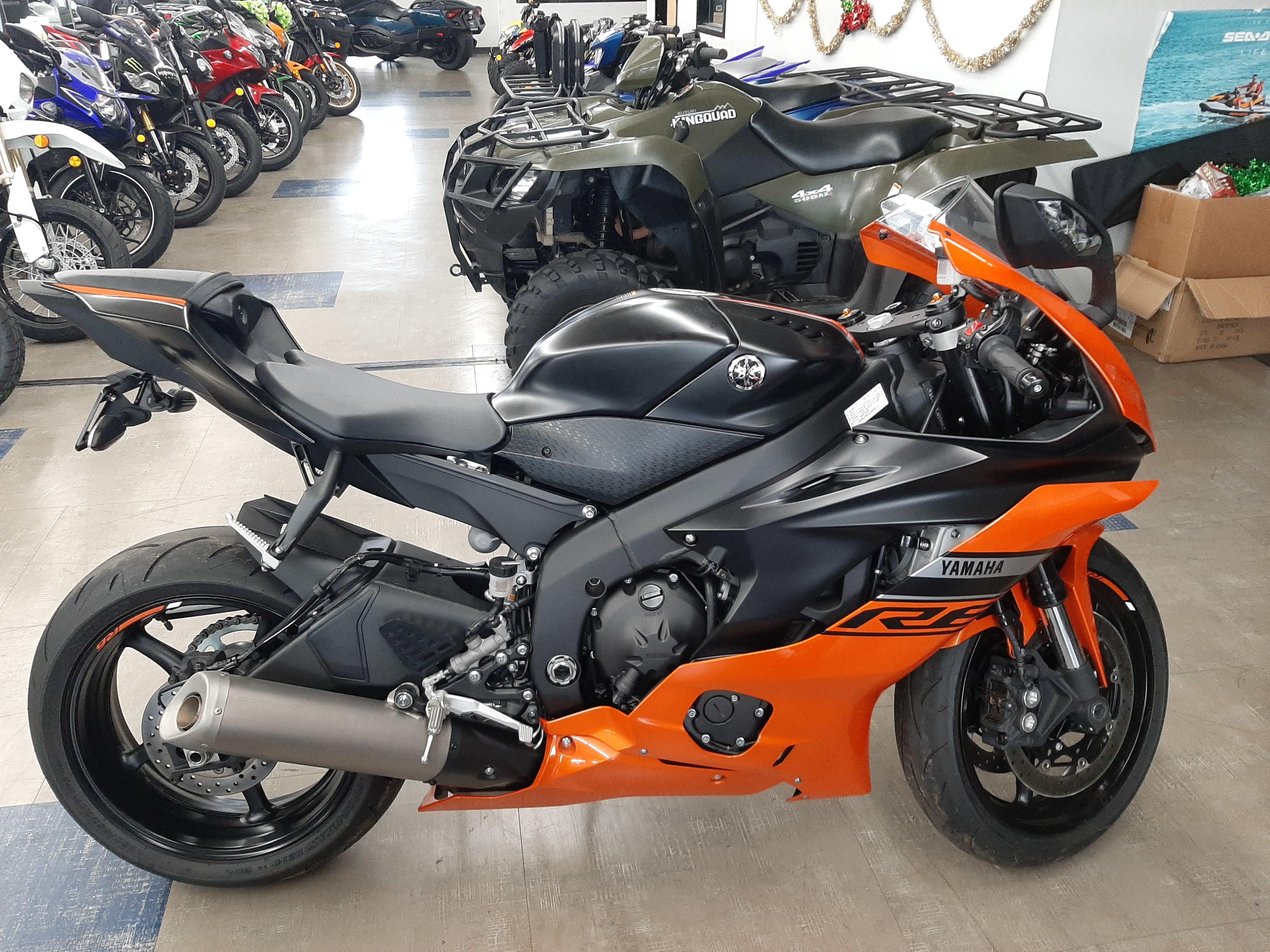 Photo 2020 Yamaha YZF-R6 $11499