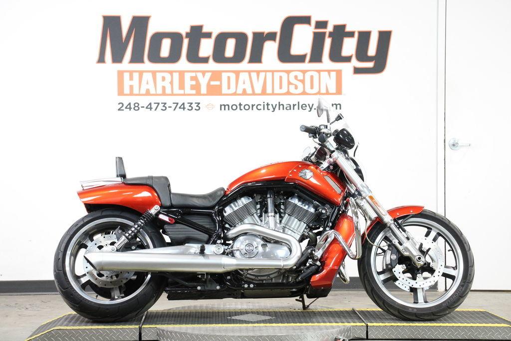 Photo 2013 Harley-Davidson VRSCF - V-Rod Muscle
