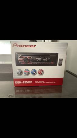 Photo pioneer deh-155mp new in box - $60 (sterling heights)