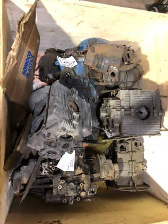 Photo vw beetle 40 hp engine case .. good used - $200 (Auburn Hills)