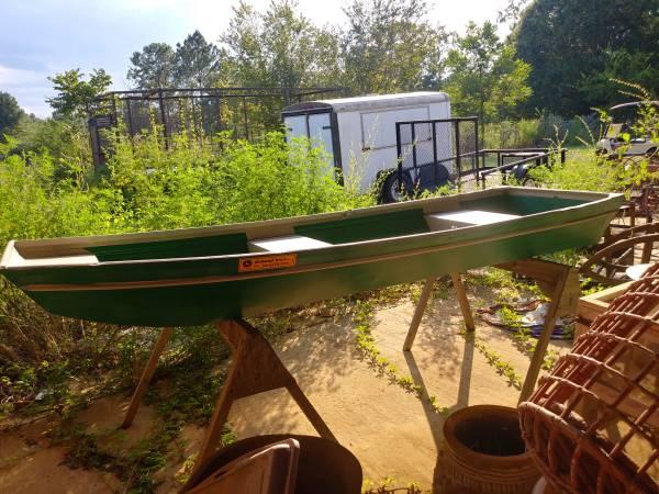 Photo 1039 Jon Boat (no motor) - $495 (Webb)