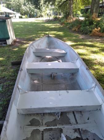 Photo 12 ft. aluminum boat - $600 (Colquitt)