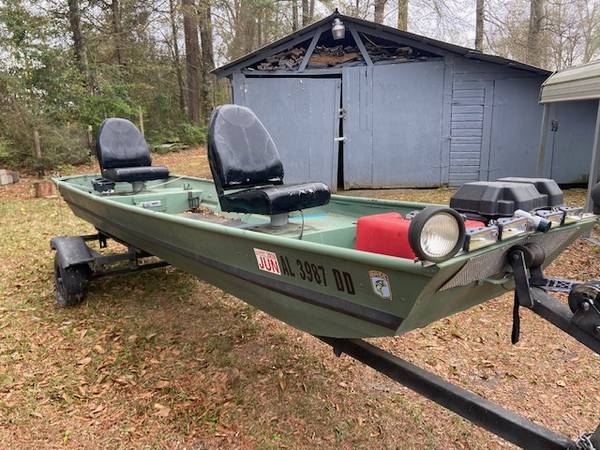 Photo 14 ft. Delhi Aluminum Fishing Boat - $850 (BREWTON-SOUTH ALABAMA)