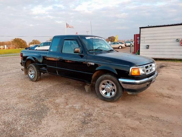 Photo 1997 FORD RANGER (CHAD39S USED CARS) - $3,000 (Hartford)