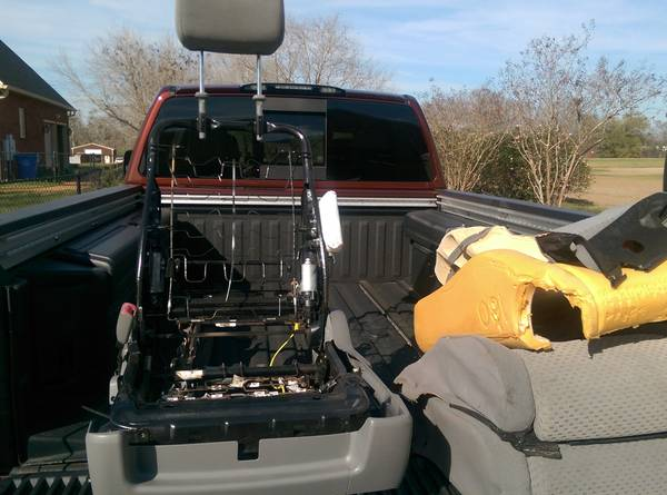 Photo 2011 Toyota Tundra Power Drivers Seat Manual Psgr Seat  Steel Wheels - $250 (DALEVILLE)