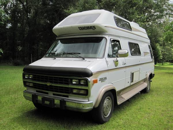 Photo 97 Chevy Coachman G30 RV - $16,000 (Havana FL)