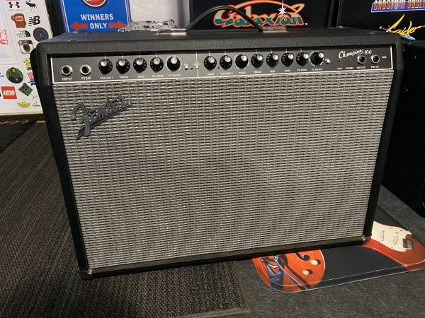 Photo Fender chion 100 212  - $325 (Slocomb)