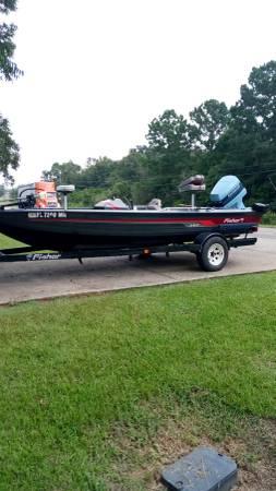 Photo Fisher 18 ft. Aluminum deep v boat - $6,000 (Slocomb,Al)