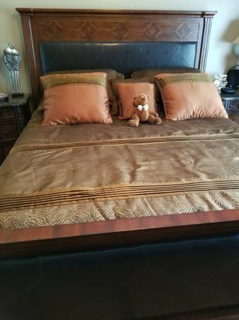 Photo KING SIZE BED  MATTRESSES - $750 (Andalusia)