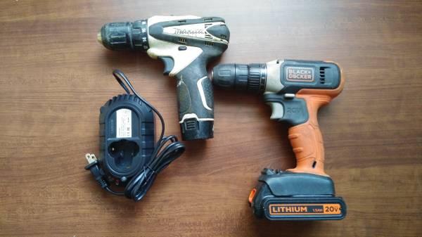 Photo MAKITA and BLACK DECKER dril set - $34 (PCB)