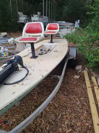 Photo Two seater skiff - $800 (Crestview)