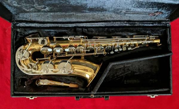Photo Vito Alto Saxophone (Yamaha copy ) - $350 (Ozark AL)