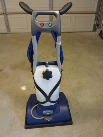 Photo Windsor Carpet Cleaning Machine - $575 (Dothan)