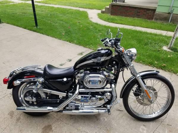 Photo 2003 Harley Davidson Sportster 1200 Custom - $3,900 (DeWitt)