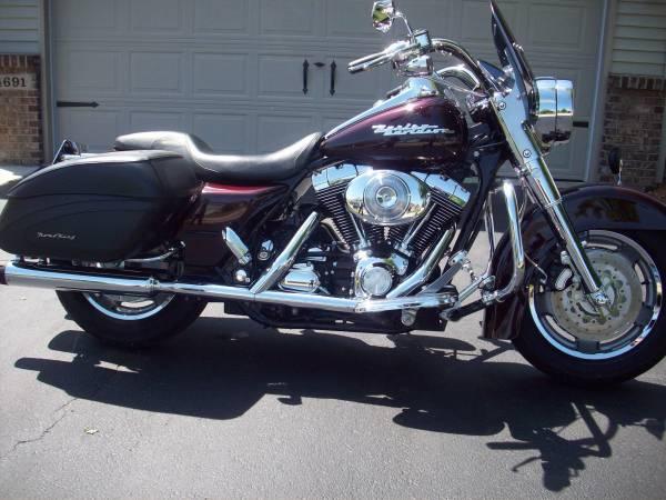 Photo 2005 Harley Davidson FLHRSI Road King Custom - $9,850 (Rockton)