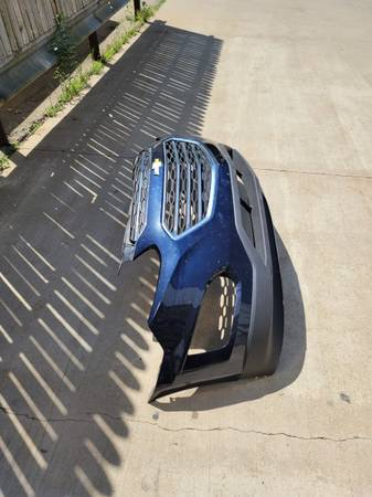 Photo 2017 chevy equinox front bumper - $700 (Dubuque, IA)