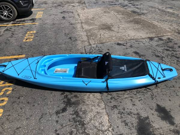 Photo Brand new, never used D10 Ascend sit in kayak - $550 (Jefferson)