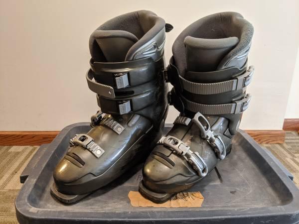 Photo Dalbello MX Super Ski Boots - $40 (Dubuque)