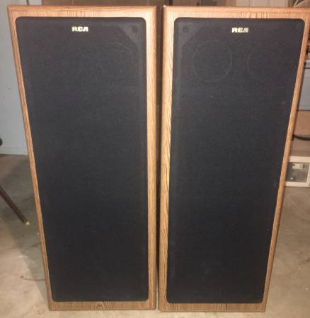 Photo RCA SP3400T-A Hi-Fi Speaker System 3-Way 160 Max-Watts  8 Ohms - $110 (Dubuque)
