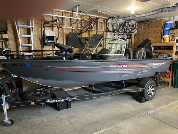 Photo Ranger Boat - $31,500 (Cottage Grove, WI)