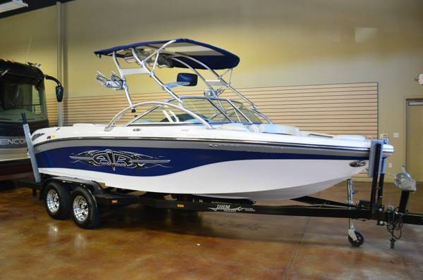 Photo Ready for Fun Correct Craft  Wakeboard Boat zzo - $22700
