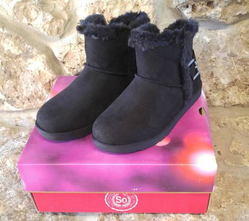 Photo SO Authentic American Heritage Women39s Winter Boots - $20 (Dodgeville, WI)