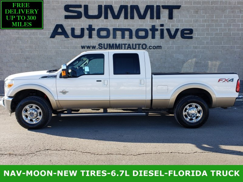 Photo Used 2013 Ford F250 4x4 Crew Cab Lariat w FX4 Pkg for sale