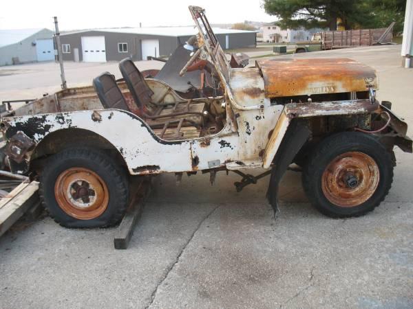 Photo Vintage 1947 Willys CJ2A Jeep - $1,200 (Cascade Iowa)