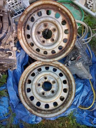 Photo chevy blazer steel wheels rims OEM factory stock 15quot fit 1982 - 1994 - $45 (Dubuque)