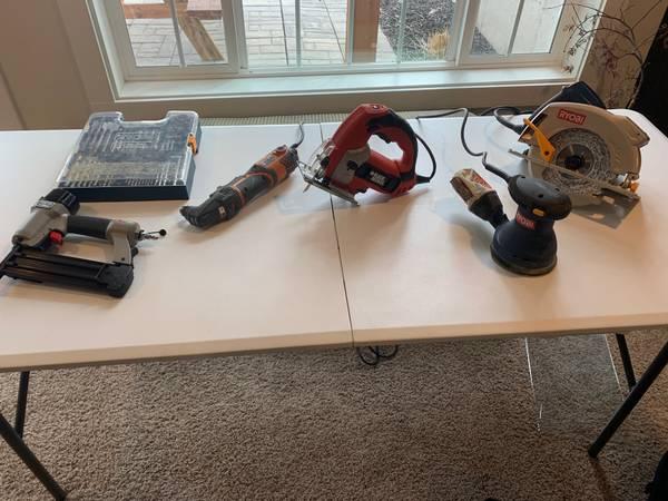 Photo tools set (lot) saw drill sander jig saw - $120 (dubuque)