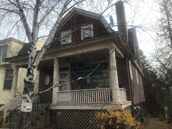 Photo 1410 E 4th Street (Duluth MN)