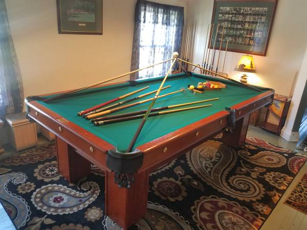 Photo 1928 BRUNSWICK RESTORED POOL TABLE DELIVERY AND INSTALL INCLUDED - - $3,500 (Duluth)
