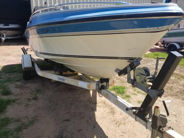 Photo 1987 17ft Larson boattrailer only - $500 (Grand rapids)