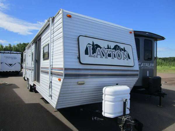 Photo 1999 Layton Skyline 3710 Travel Trailer - $9,900 (Oak Lake RV Sale, Moose Lake MNa)