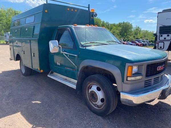 Photo 2001 GMC SIERRA 3500HD TRUCK - $7,000 (Oak Lake RV Sales Moose Lake MN)
