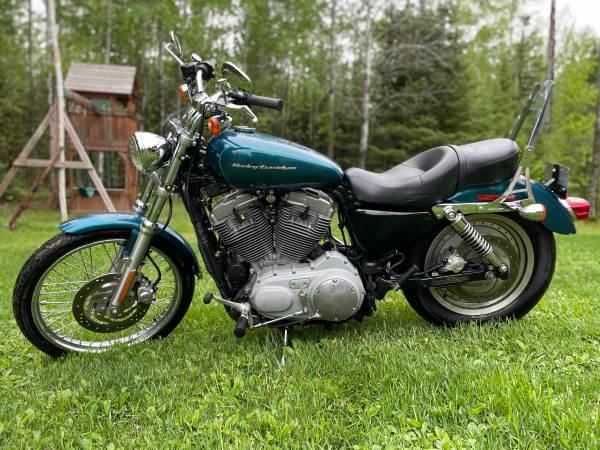 Photo 2004 Harley Davidson Sportster 883 - $3,750