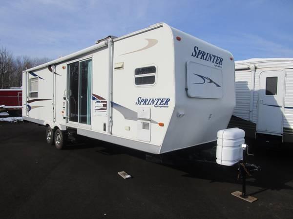 Photo 2004 Keystone RV Sprinter 300 FKMS Travel Trailer - $12,500 (Oak Lake RV Sales Moose Lake MN)
