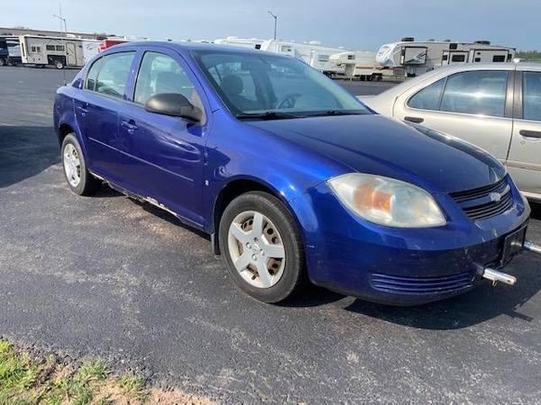 Photo 2006 Chevrolet Chevy Cobalt LS Sedan Great for TOWING - $6,759 (Oak Lake RV Sales, Moose Lake MN)