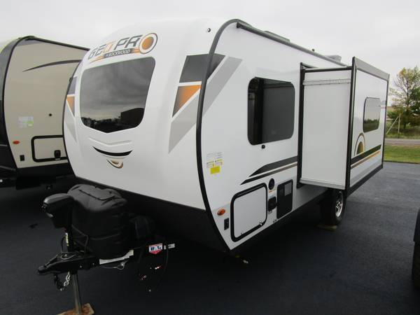 Photo 2021 Forest River RV Rockwood GEO Pro G19FBS Travel Trailer - $21,995 (Oak Lake RV Sale, Moose Lake MN)