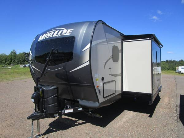 Photo 2021 Forest River RV Rockwood Mini Lite 2509S Travel Trailer - $26,547 (Oak Lake RV Sale, Moose Lake MN)