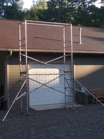 Photo Aluminum folding scaffolding - $1,000 (Danbury WI)