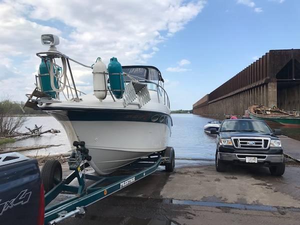 Photo Boat for Sale - 1996 Crownline CR250 quotBobquot - $20,000 (Superior)