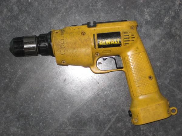 Photo DeWalt 9.6 volt Hammer Drill - $10 (Duluth)